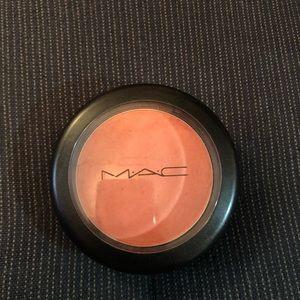 Mac blush-frost